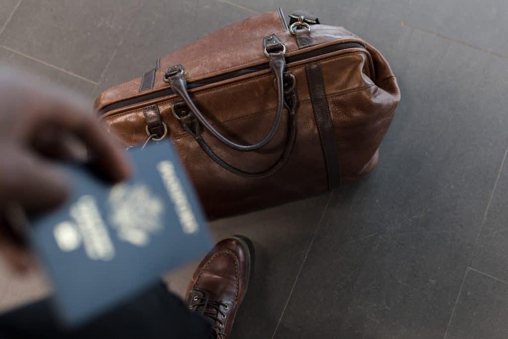 briefcase case fashion 1058959 2